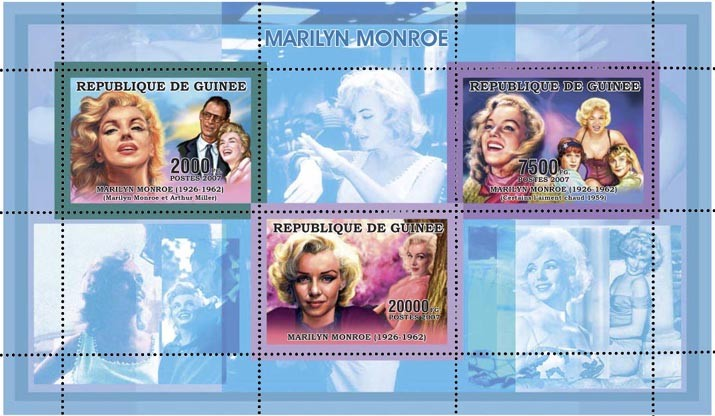 MARILYN MONROE - BLUE 29 500 FG - Issue of Guinée postage stamps