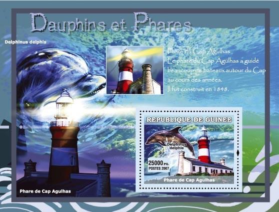 Delphinus delphis / Phare de Cap Agulhas - Issue of Guinée postage stamps