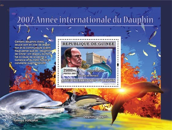 Tursiops truncatus / Albert II de Monaco - Issue of Guinée postage stamps
