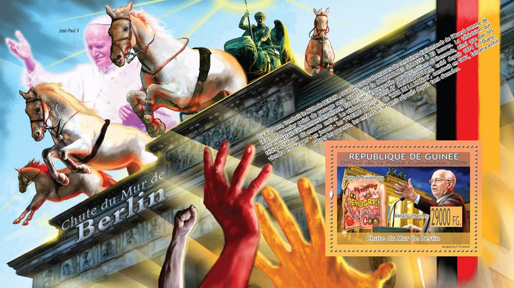 Fall of the Berlin WallMichail Gorbatchev, Gate of Brandenburg  ( Pope ) - Issue of Guinée postage stamps